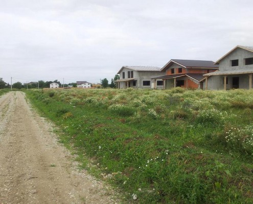 teren de vanzare berceni comuna